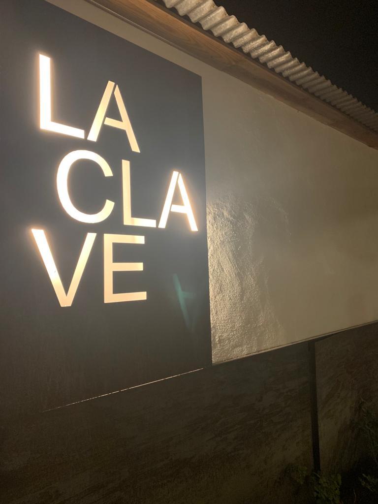 Situados en La Clave